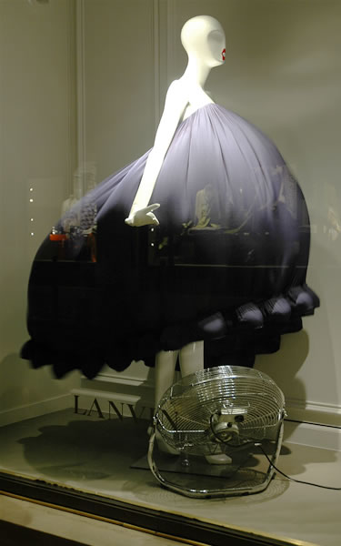 jakandjil.com - Lanvin Window Display