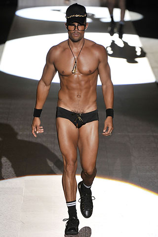 Sporty SpinTO Style - Male Model Edition Dsquared2