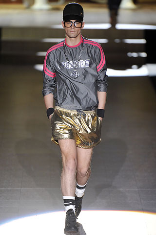 200905_dsquared2mensspintostyle5