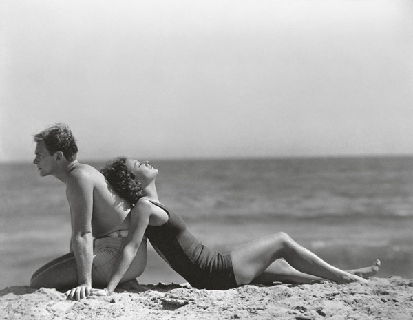 Douglas Fairbanks, Jr and Joan Crawford by Nickolas Muray 1929 Gift of Mrs Nickolas Muray. Courtesy of George Eastman House (c) Condé Nast Publications Inc./Courtesy Condé Nast Archive
