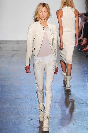 Phi Ready to Wear - Spring 2010