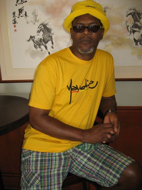 Yup, that is Samuel L Jackson you see in a Yaudie T