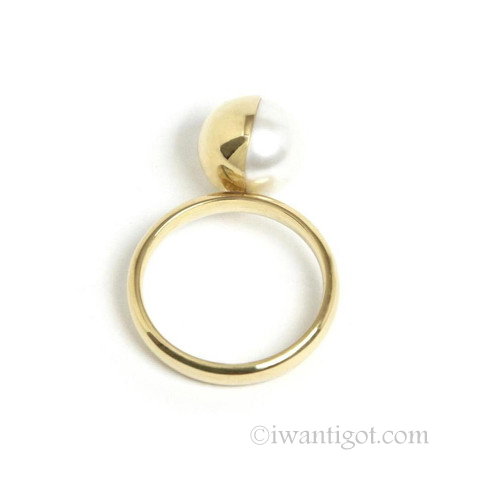Melanie Georgacopoulos Half gold covered pearl ring white